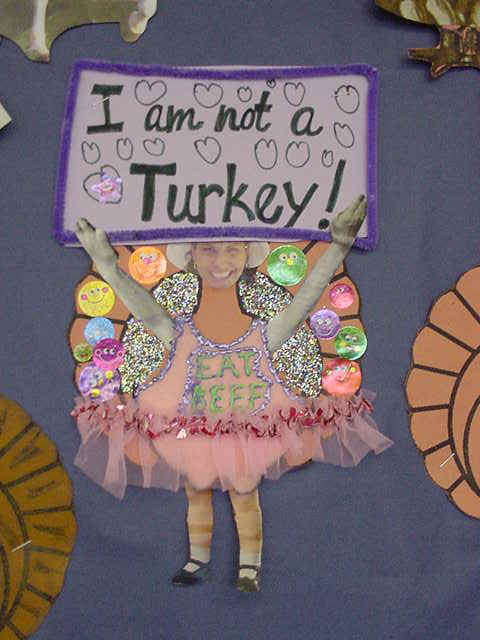 Disguise A Turkey Ideas Turkeys in disguise RZ8HxxKA